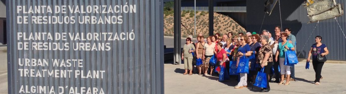 Cerca de 1.200 personas visitan la Planta de Tratamiento de Residuos d'Algímia d'Alfara durante 2019